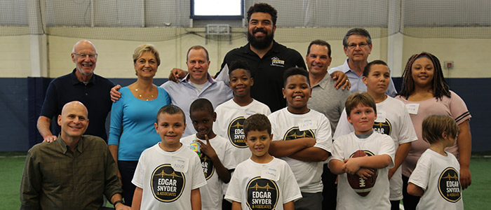 Cam Heyward Team Up for Blessings in a Backpack