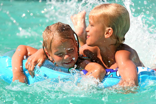 Swimming Pool Injury : Swimming pool safety tips accident injury prevention